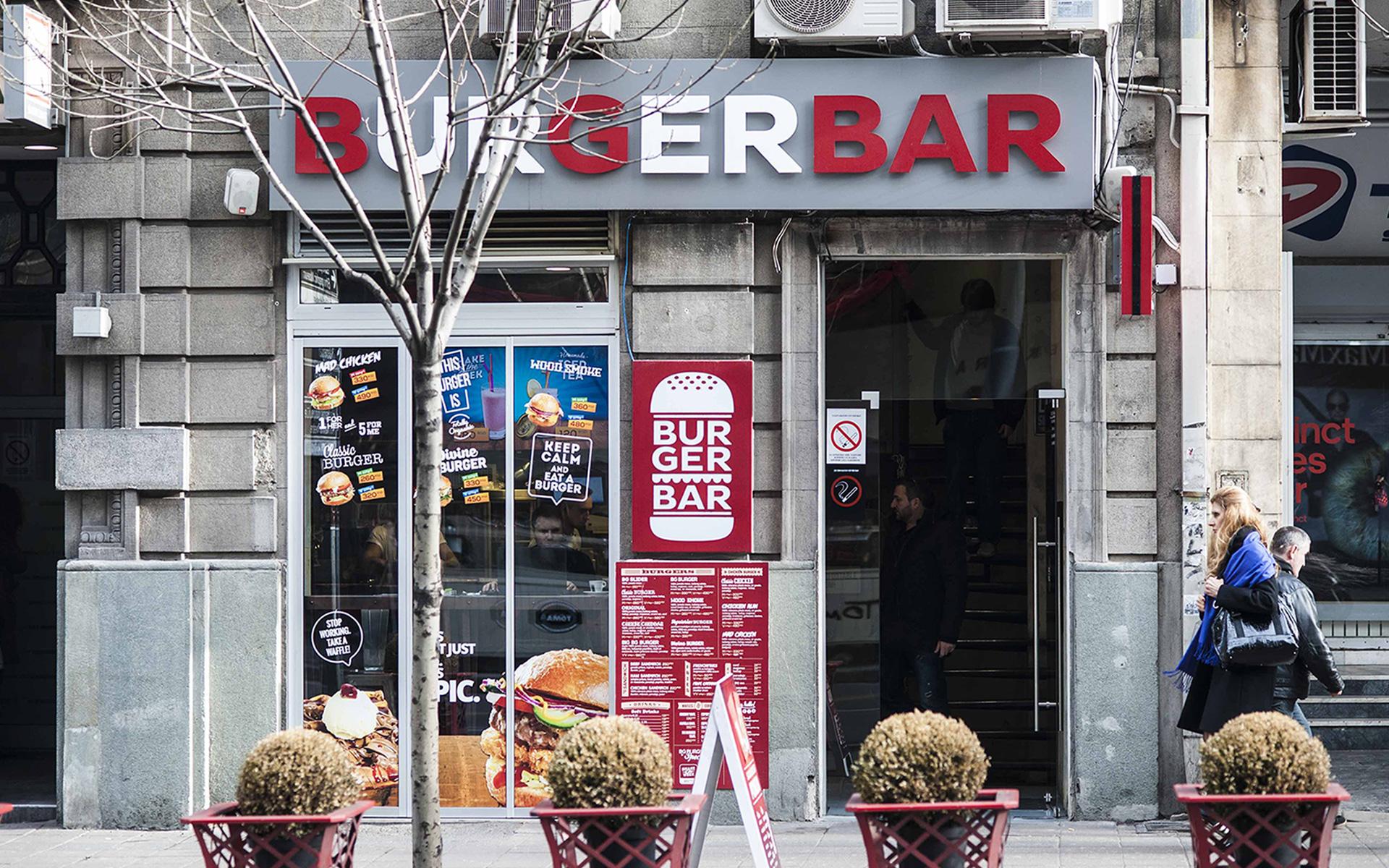Dizajn i brendiranje izloga i svetleće reklame za restoran BG Burger Bar